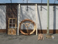http://www.passiveactivism.net/files/gimgs/th-24_06yurt-at-uferstudios-berlin_larsschmidt.jpg